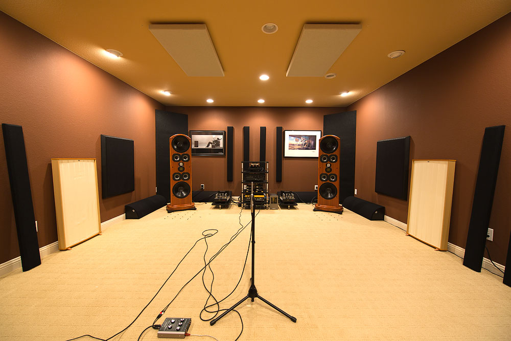 High end audio listening room